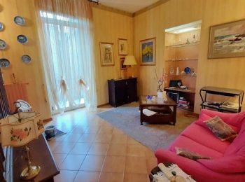 TRILOCALE CENTRALE – Appartamento Trilocale a Sanremo