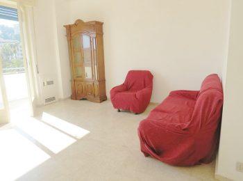 TRANQUILLO E LUMINOSO – Appartamento Quadrilocale a Sanremo