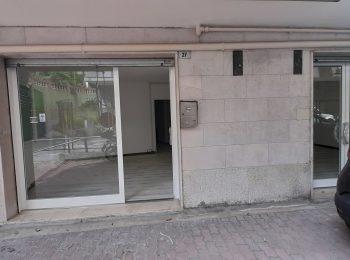 RISTRUTTURATO CENTRALE – Locale commerciale 2 Vetrine a Sanremo