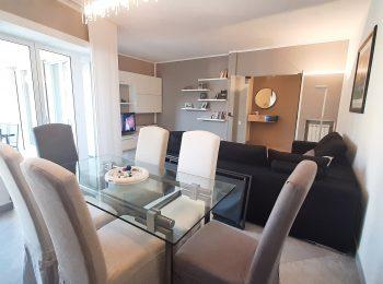 RISTRUTTURATO SIGNORILE – Appartamento Trilocale a Sanremo